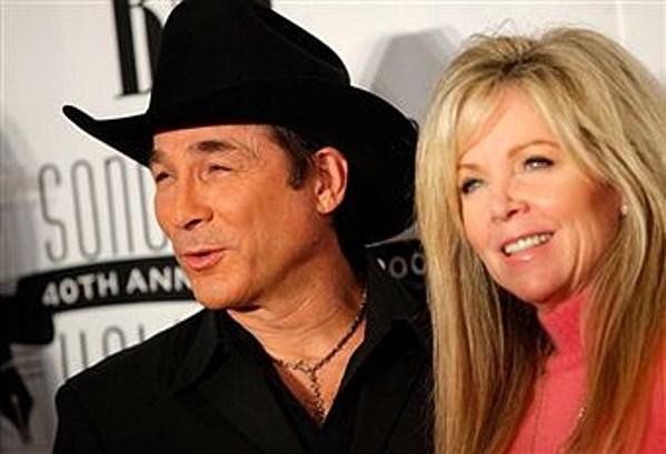Clint and lisa hartman black celebrate twenty years video for Is clint black and lisa hartman still married