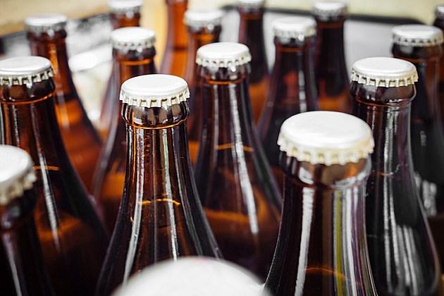 Beer Breweries packaging Bottles with cap