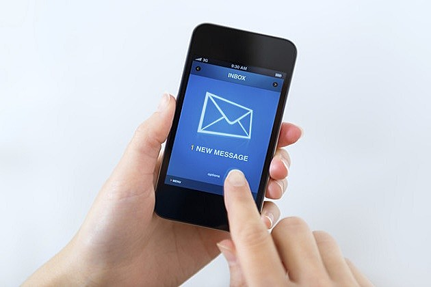 New mail message on mobile phone
